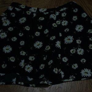 White daisy skirt